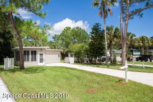 416 Oak Cove Road, Titusville, FL 32780
