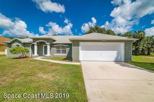 737 Halton Avenue SW, Palm Bay, FL 32908