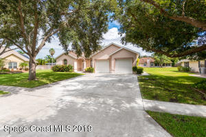 320 Northgrove Drive, Merritt Island, FL 32953