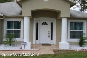 921 Lyons Circle NW, Palm Bay, FL 32907