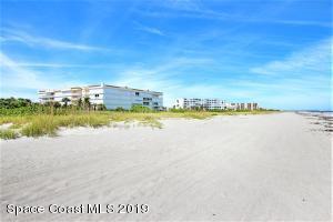 425 PIERCE AVENUE 403, CAPE CANAVERAL, FL 32920  Photo