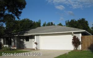 563 Karney Avenue NE, Palm Bay, FL 32907