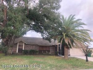 2225 Plantation Drive, Palm Shores, FL 32935