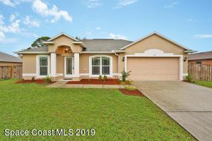 177 Frante Avenue NE, Palm Bay, FL 32907