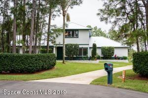 3894 Eagles Place, Titusville, FL 32796