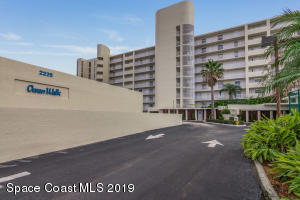 BEAUTIFUL DIRECT OCEANFRONT 3RD FLOOR CONDO UNIT