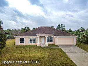 558 Mimosa Street SW, Palm Bay, FL 32908