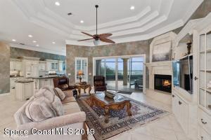 3175 S HIGHWAY A1A, MELBOURNE BEACH, FL 32951  Photo