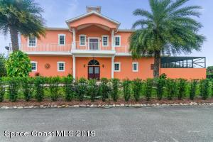 585 Amber Lane, Cocoa, FL 32926