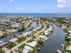 208 Bahama Boulevard, Cocoa Beach, FL 32931