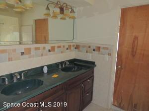 21 W POINT DRIVE, COCOA BEACH, FL 32931  Photo