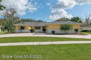 3105 Royal Oak Drive, Titusville, FL 32780