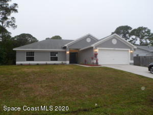 1360 Medina Avenue NW, Palm Bay, FL 32907