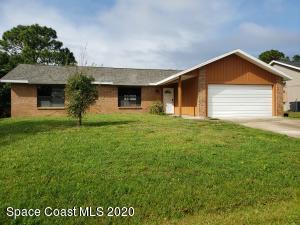 2278 Whiteside Avenue SE, Palm Bay, FL 32909
