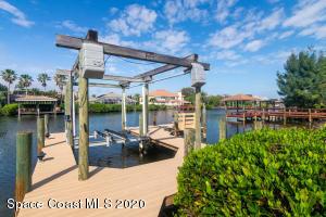479 LIGHTHOUSE LANDING STREET, SATELLITE BEACH, FL 32937  Photo