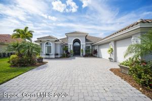 415 Sapphire Way SW, Vero Beach, FL 32968