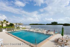 1525 MINUTEMEN CAUSEWAY 103, COCOA BEACH, FL 32931  Photo