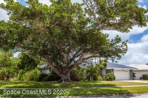 323 Jack Drive, Cocoa Beach, FL 32931