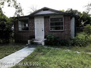 2564 Myrtle Avenue, Mims, FL 32754