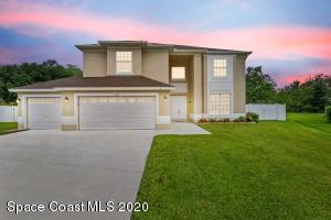 13600 Bluemoon Court, Orlando, FL 32828