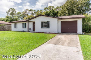 120 Del Monte Street NE, Palm Bay, FL 32907