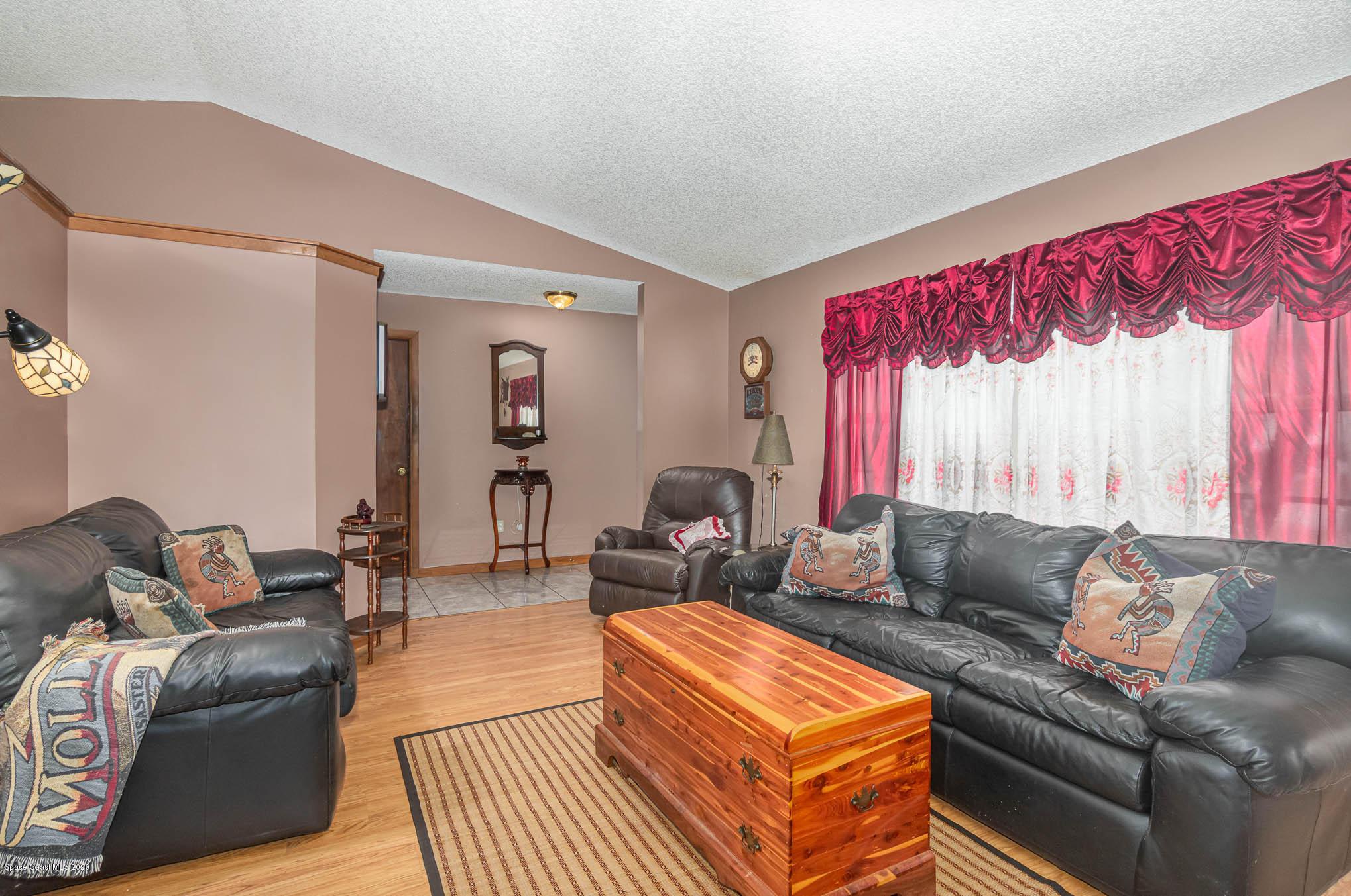 Image 4 For 6430 Addax Avenue