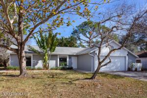 1423 Jasper Avenue NW, Palm Bay, FL 32907