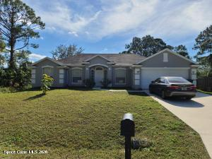 1726 Seeley Circle NW, Palm Bay, FL 32907