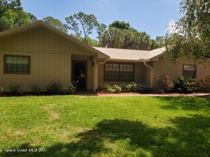2435 Homestead Lane, Malabar, FL 32950