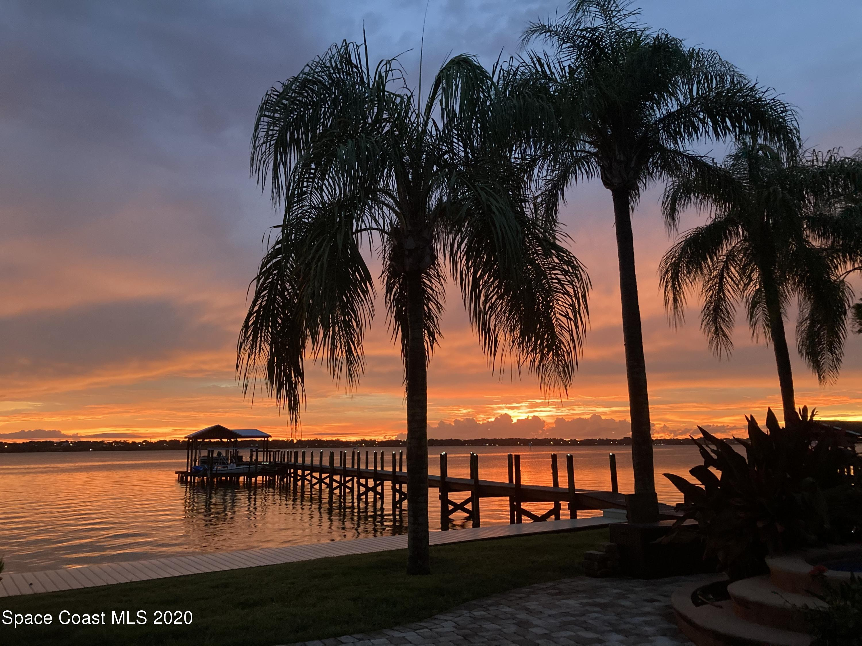 Photo of 965 Oak Street, Merritt Island, FL 32953