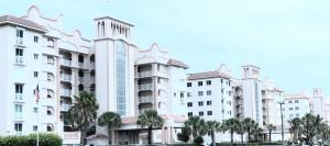 PENTHOUSE OCEANFRONT W 2 GARAGES, 1 IS PRIVATE !!