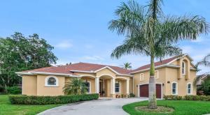 3699 Oakhill Drive, Titusville, FL 32780