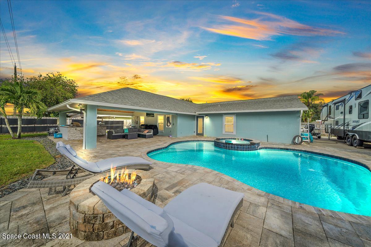 1035 Jacaranda Circle, Rockledge, FL 32955