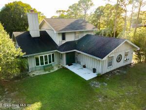 1585 Farnsworth Avenue, Malabar, FL 32950