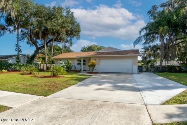 961 N Dixie Avenue, Titusville, FL 32796