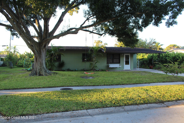 165 Moore Avenue, Merritt Island, FL 32952