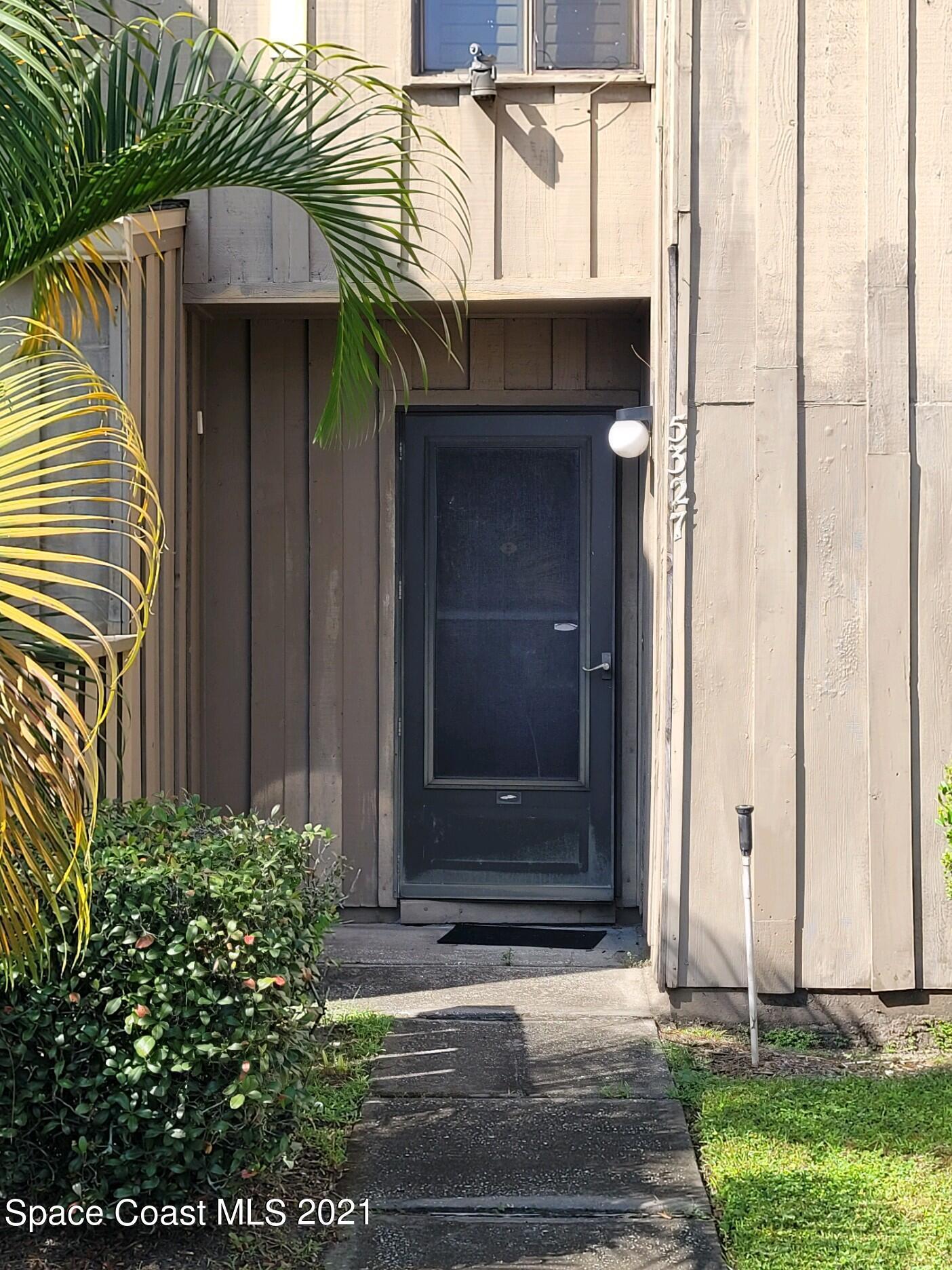 5327 Indian Creek Drive E-05-T, Orlando, FL 32811
