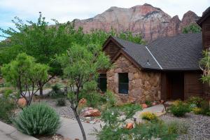 88 Stone Mountain, #101, Springdale, UT 84767