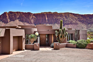 Tranquil setting, pristine placement and expert craftsmanship merge to create the ultimate Kayenta refuge.