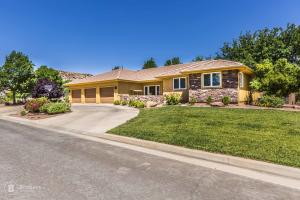 3103 S Wesley Powell DR, St George, UT 84790