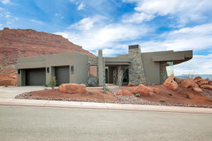 2047 Cougar Rock CIR, St George, UT 84770