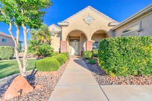 830 N Sky Mountain CT, Hurricane, UT 84737