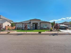3369 S Bloomfield DR, Washington, UT 84780