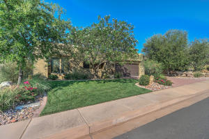 1732 W Red Cloud, St George, UT 84770