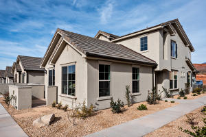1914 Fiesta LN, Washington, UT 84780