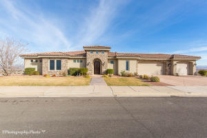 427 S Five Sisters DR, St George, UT 84790