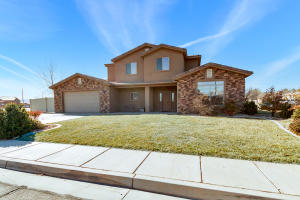 99 N Lee LN, St George, UT 84790