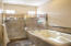 Master Suite, Jetted Tub, Separate Custom Tile- Walk in Shower.