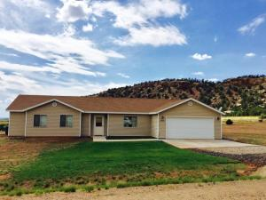 2905 Purple Sage (1070 W), Apple Valley, UT 84737