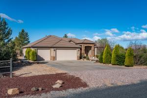 819 Wild Herb RD, Dammeron Valley, UT 84783